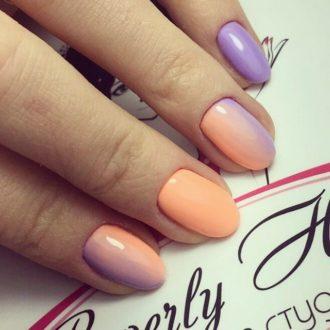 оранжево-фиолетовый маникюр