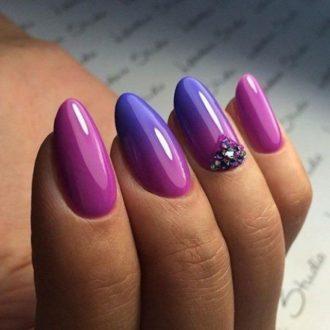 фиолетово-синий маникюр