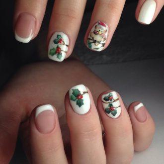 белые ногти с новогодним рисунком