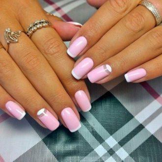 ногти розовые френч