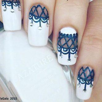 бело-синие ногти зима
