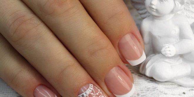 Завораживающие новинки белого маникюра: модный белый дизайн ногтей, фото 2020 2021.