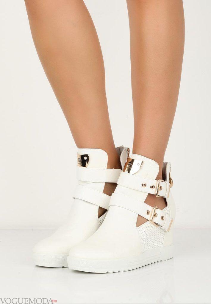 кроссовки с ремешками