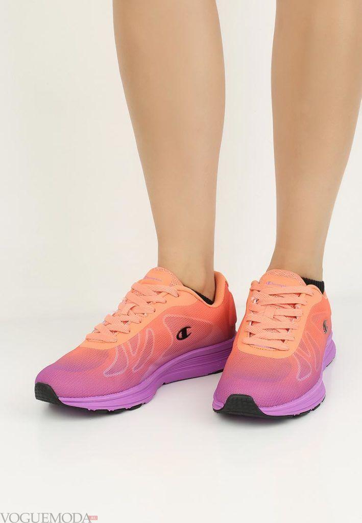 оранжево-фиолетовые кроссовки
