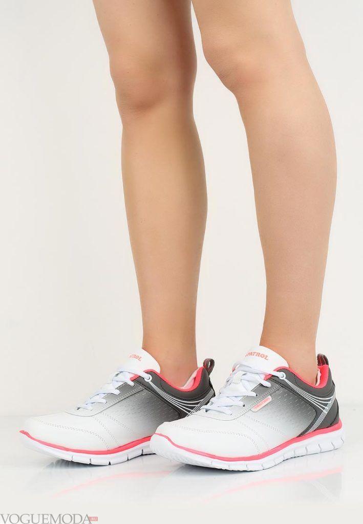 биохромные кроссовки