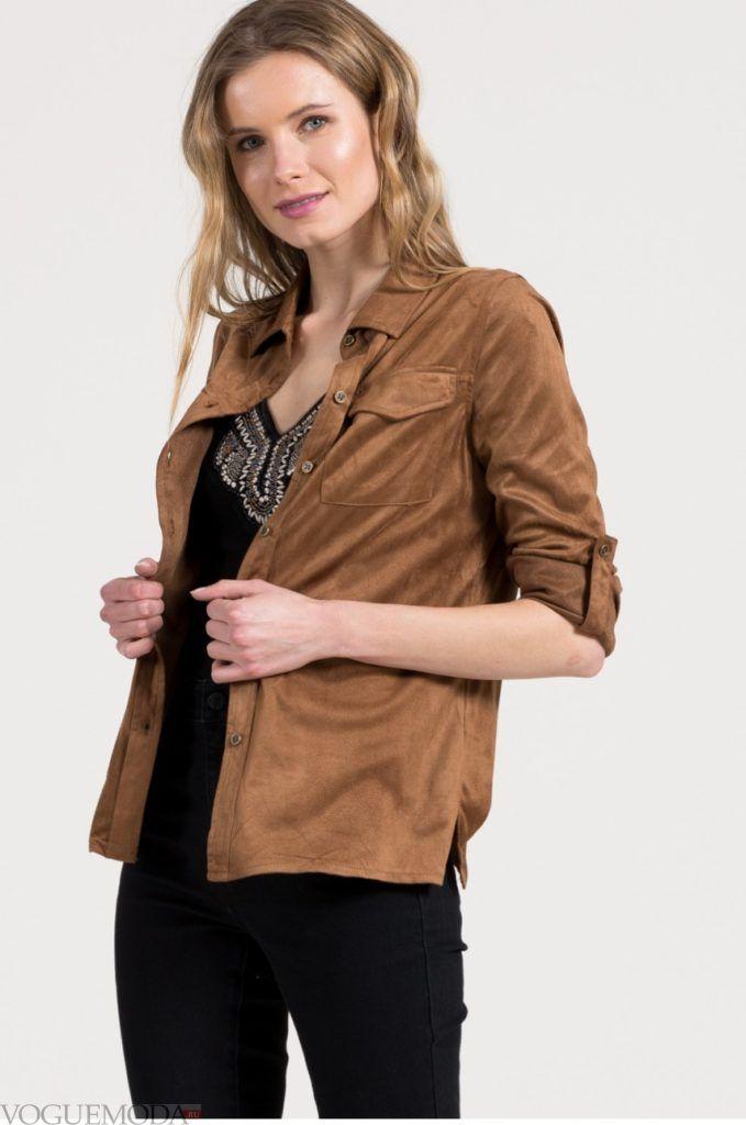модная коричневая женская рубашка