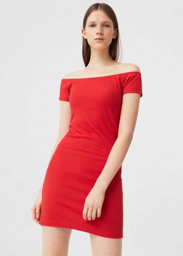 платье на каждый день красное