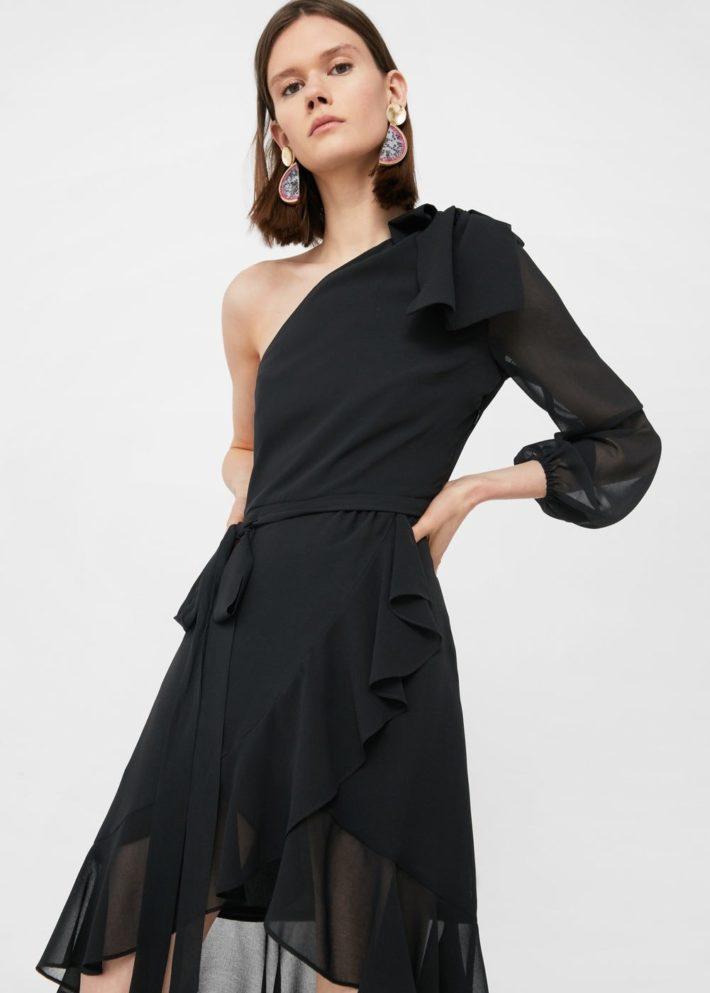 модные платья на каждый день: чёрное с рюшей