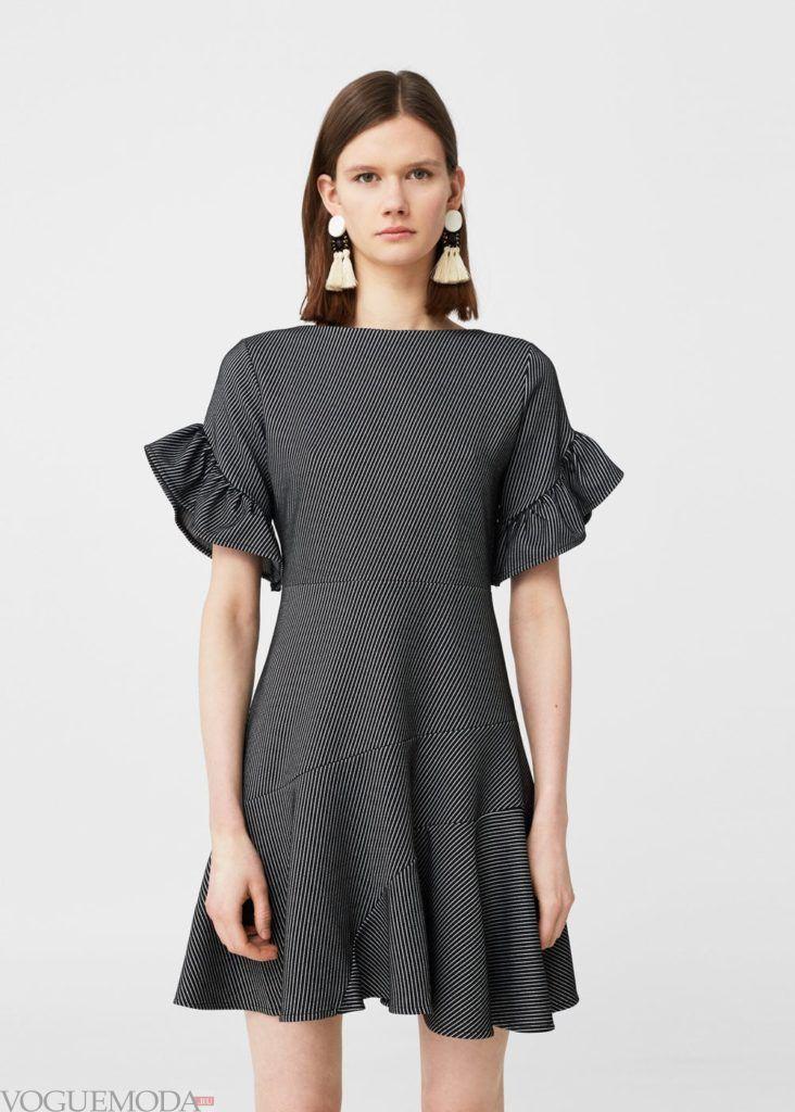 каждодневное платье 2018 с рюшами