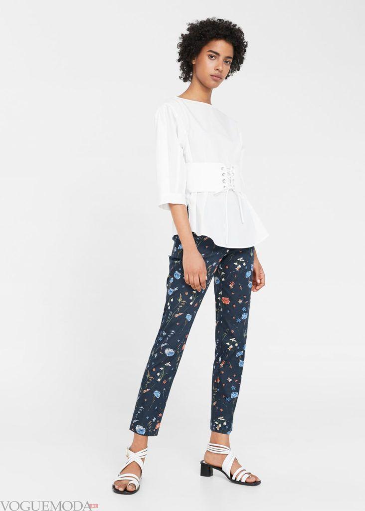 базовый гардероб брюки с принтом