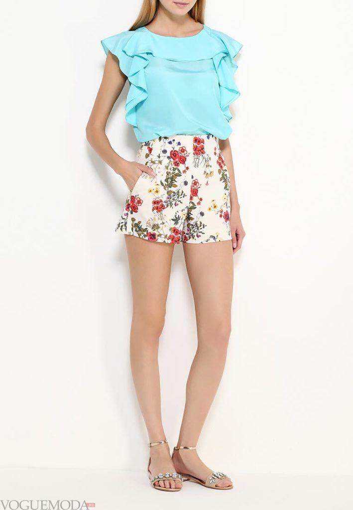 летние шорты с цветами