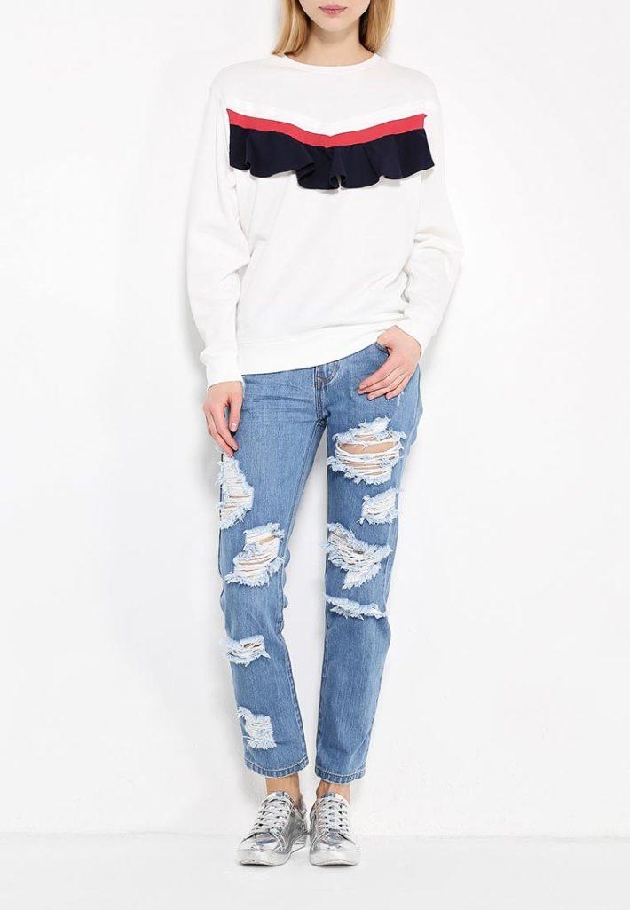 летние джинсы с декором