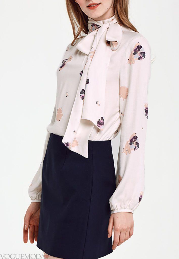 блузка с бантом с рисунком