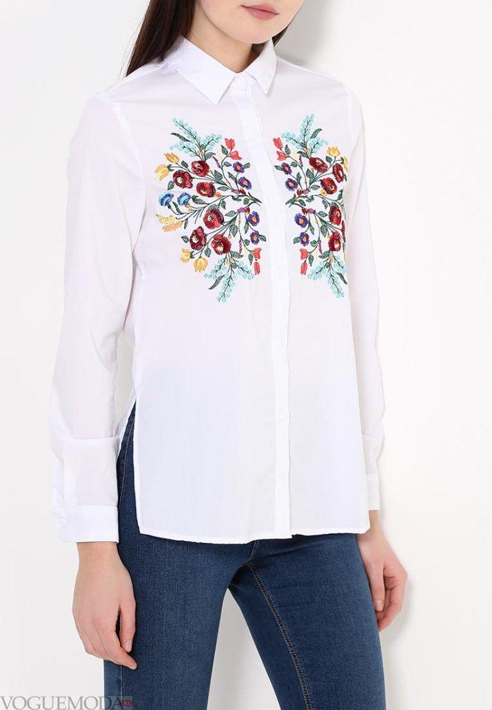 блузка с воротником с вышивкой