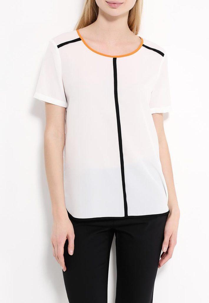 блузка с декором полоска