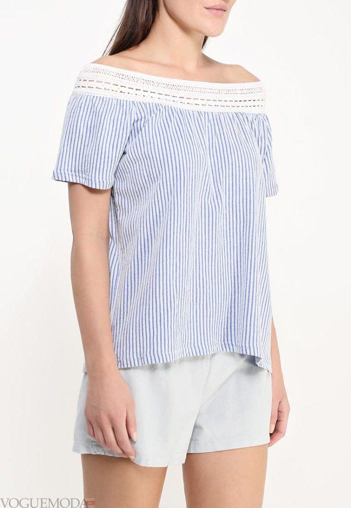 блузка с декором кружево
