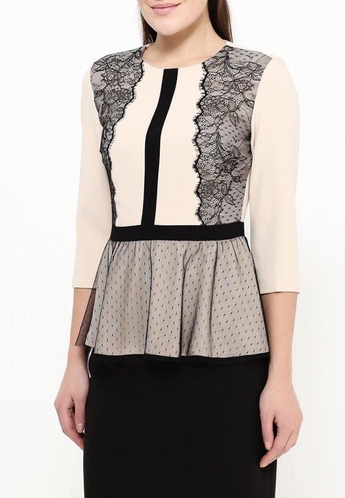 блузка с декором баска