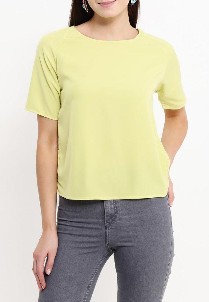 блузка жёлтая