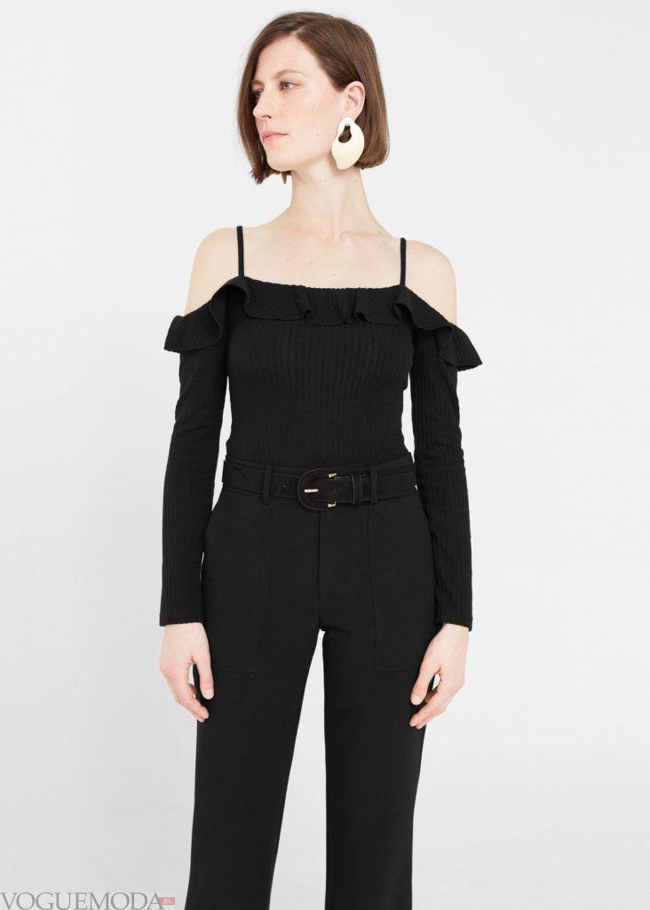блузка с открытыми плечами чёрная