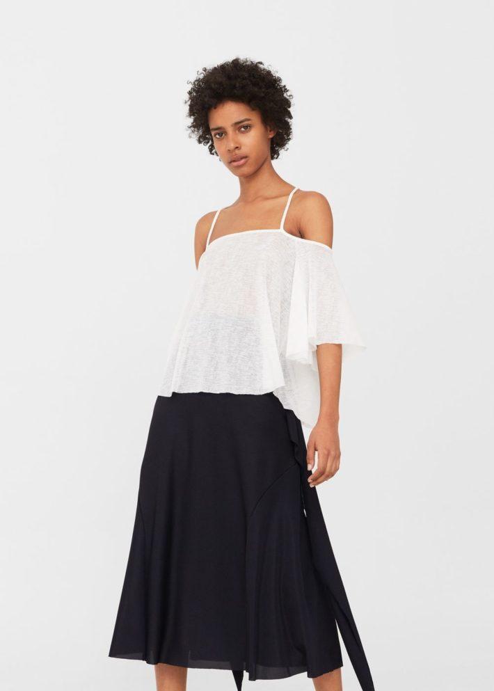 блузка с открытыми плечами белая