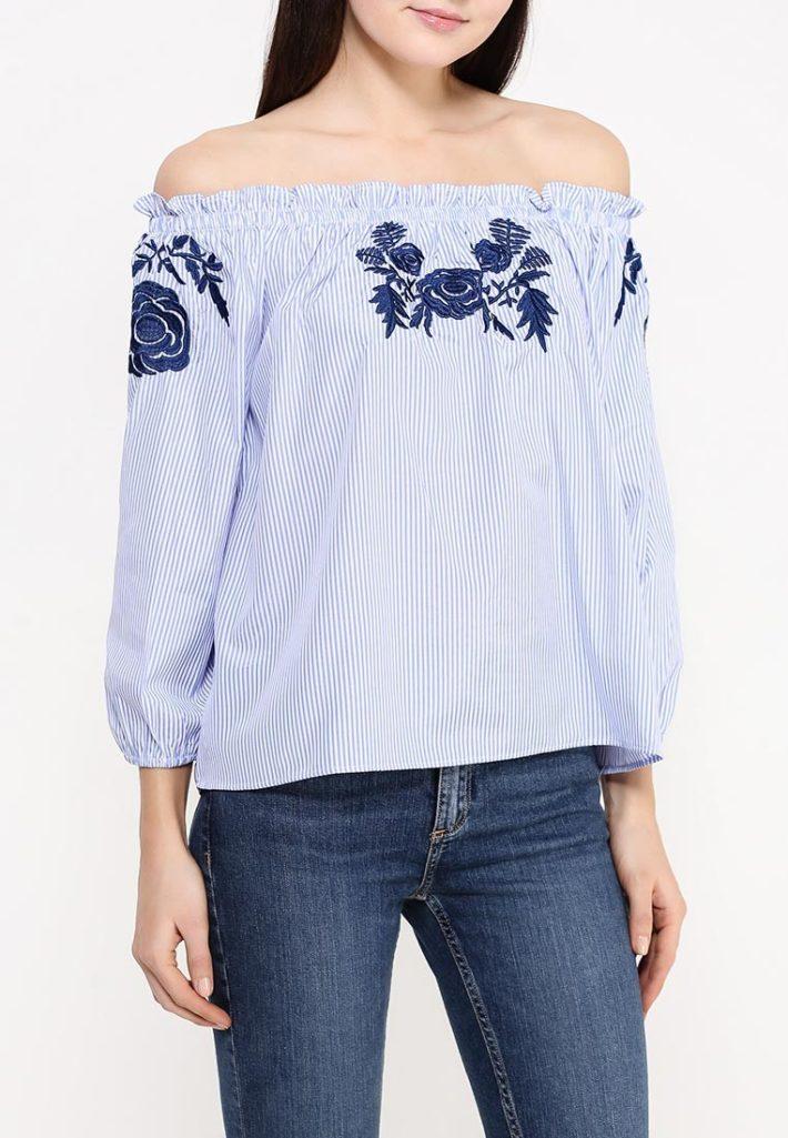 блузка с открытыми плечами с изображением