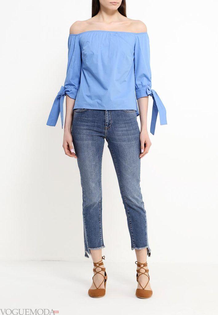 блузка с открытыми плечами и бантами