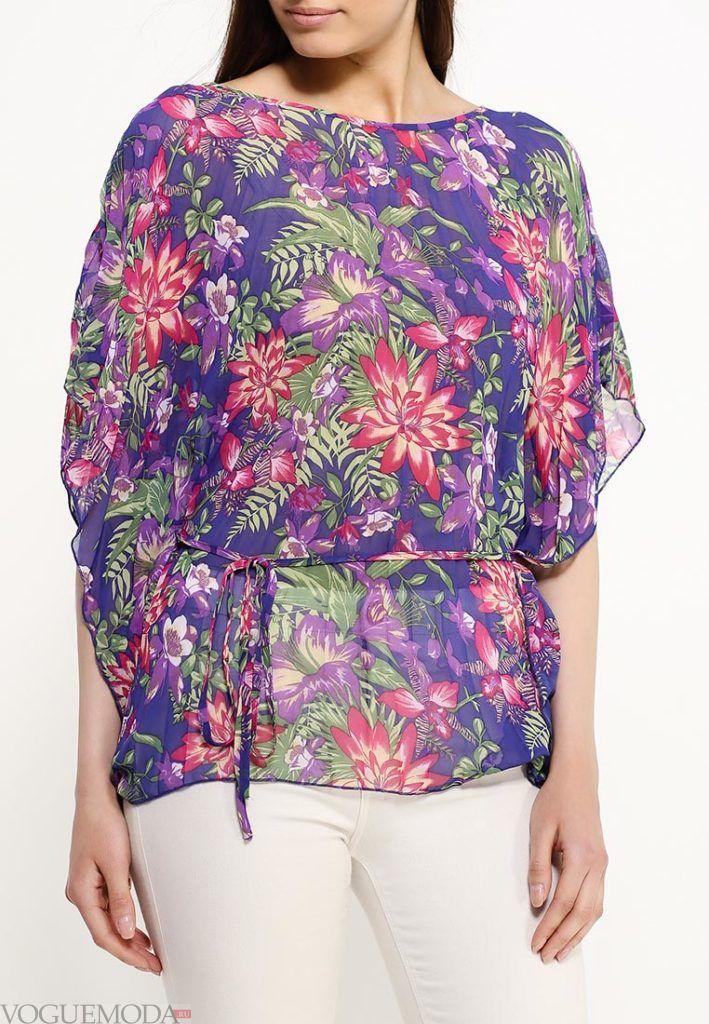 блузка асимметричная с орнаментом