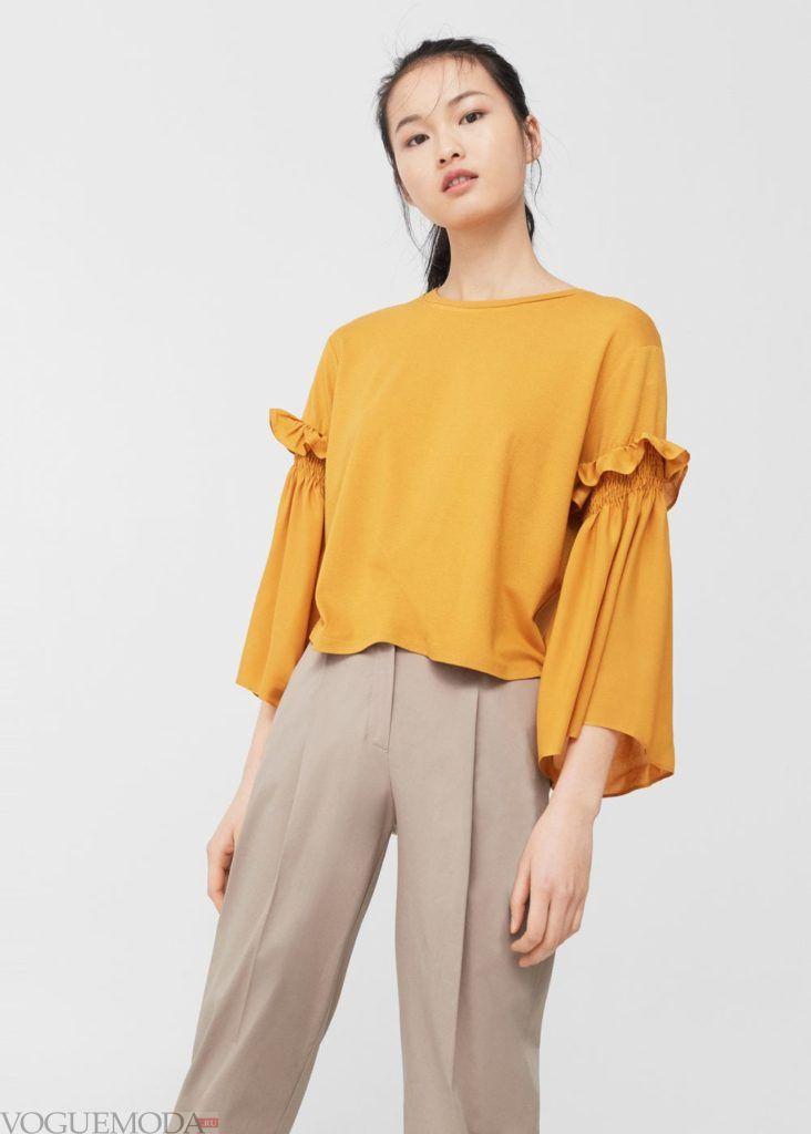 блузка с декором рюша