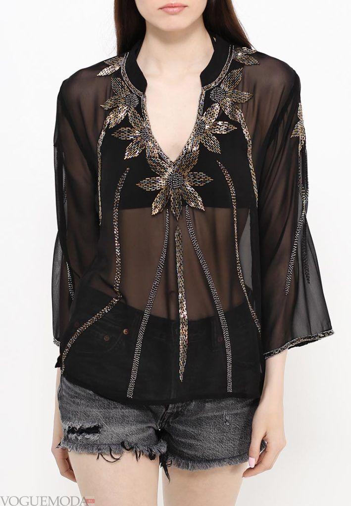 блузка с прозрачной тканью с декором