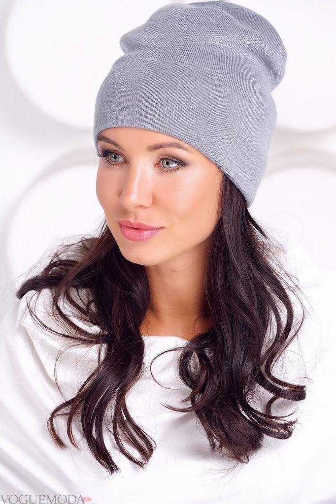 Головные уборы осень зима 2020 2021: модная шапка серая