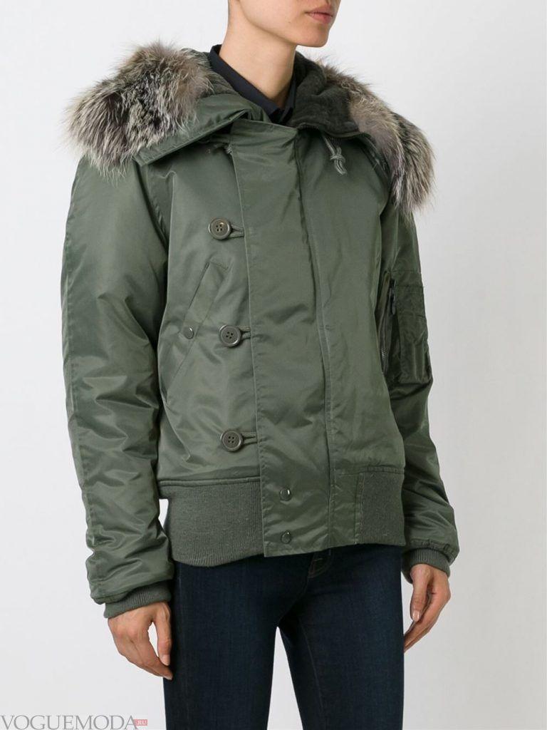 куртка с мехом зеленая