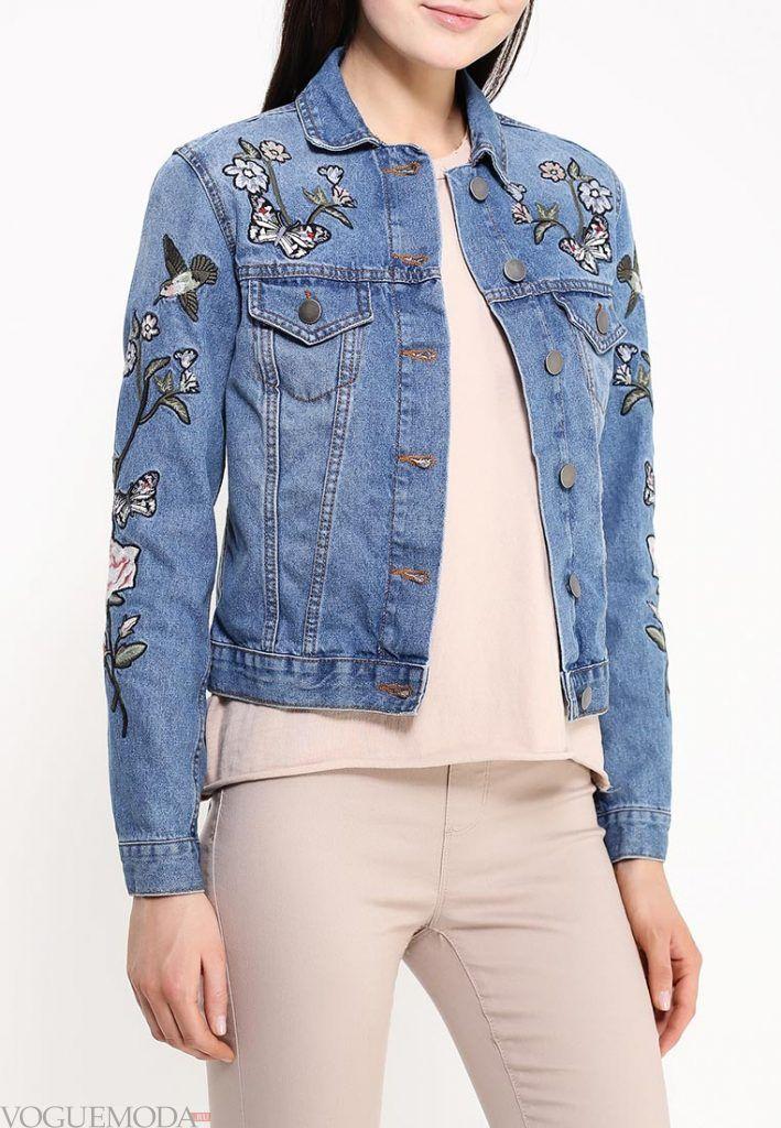 джинсовая куртка с декором
