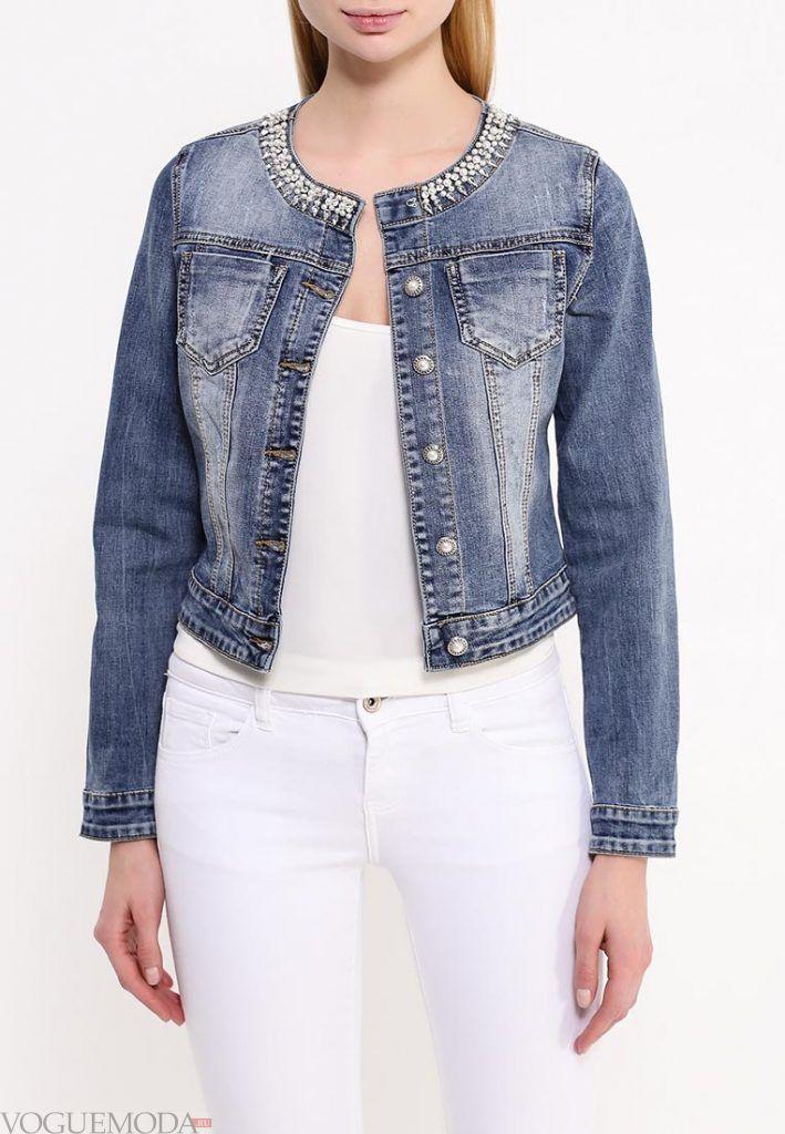 джинсовая куртка с украшением
