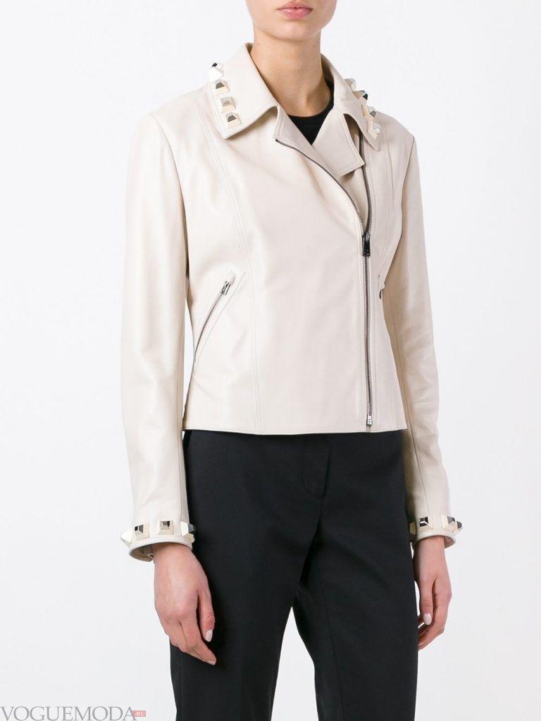 кожаная куртка светлая