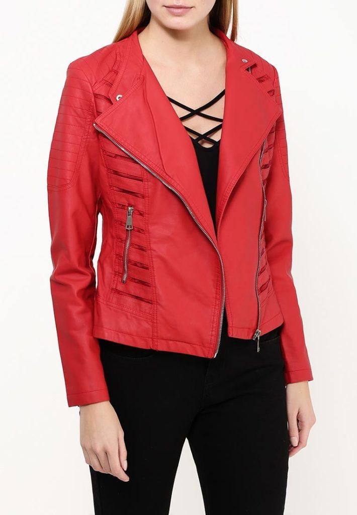 куртка косуха с декором красная