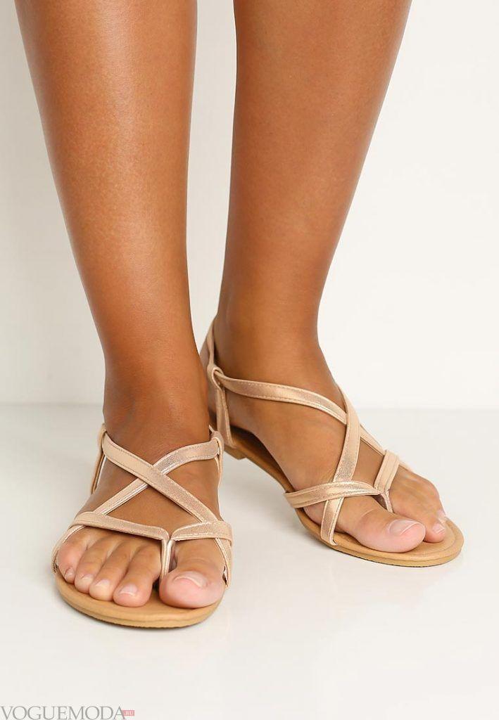 гладиаторские сандали бежевые