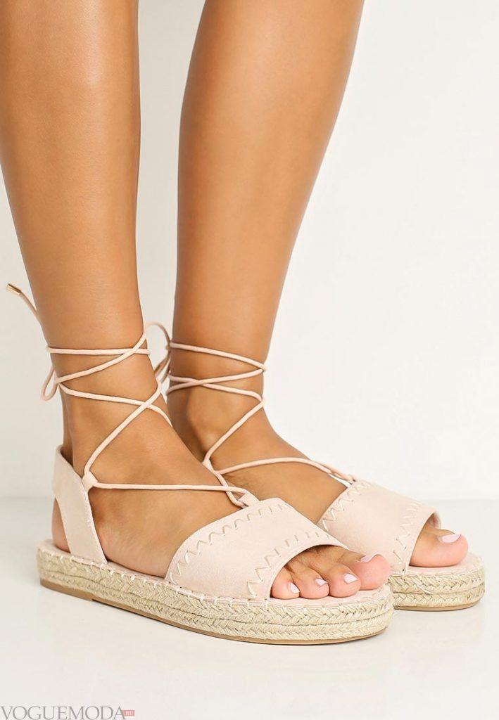 гладиаторские сандали пудра