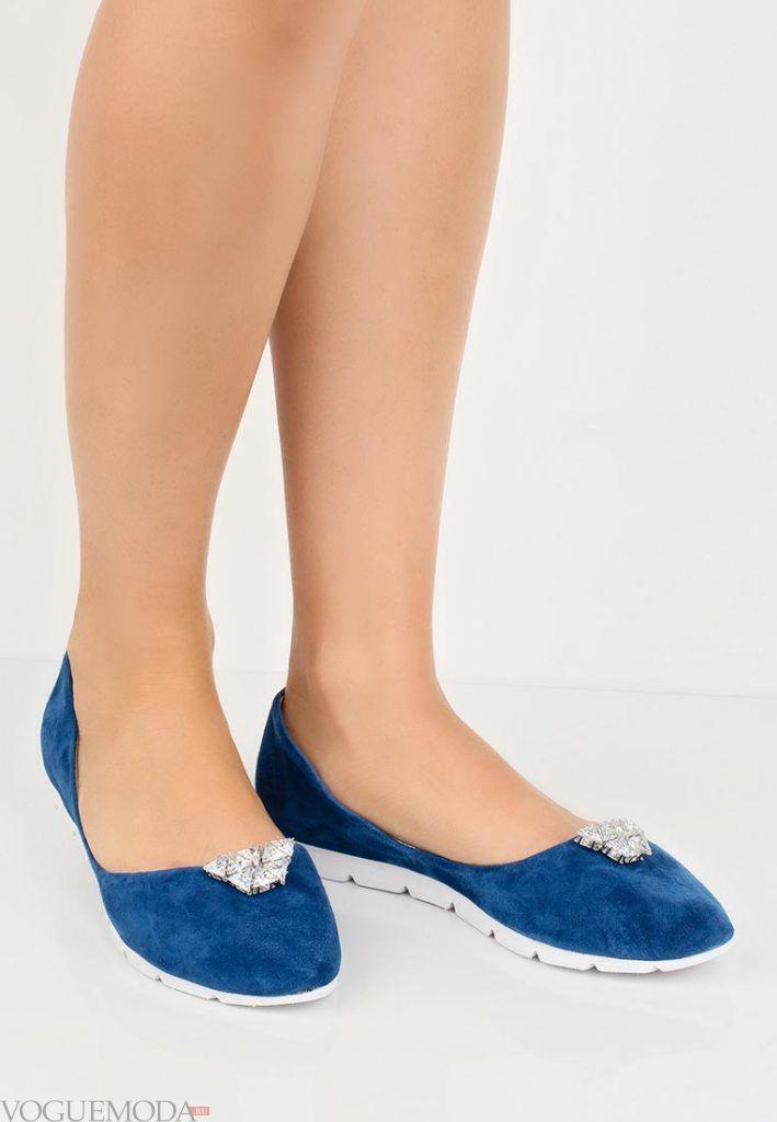 летние балетки синие