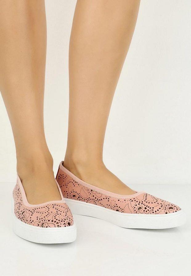 летняя обувь светлая