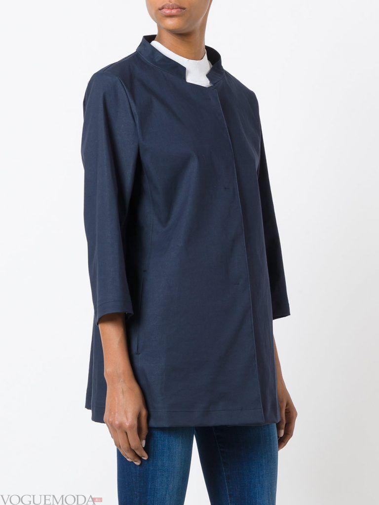 плащи 2019 2020 года модные тенденции: синий