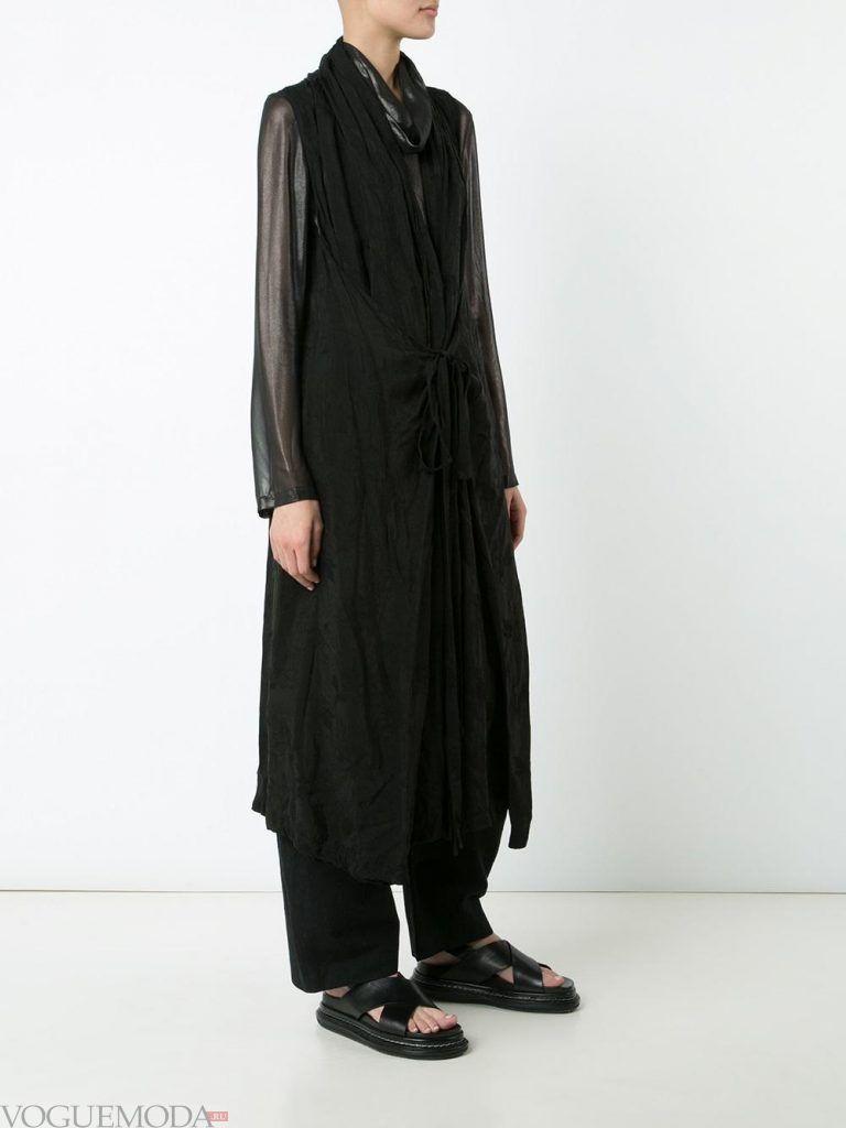 модные женские плащи: без рукавов черный