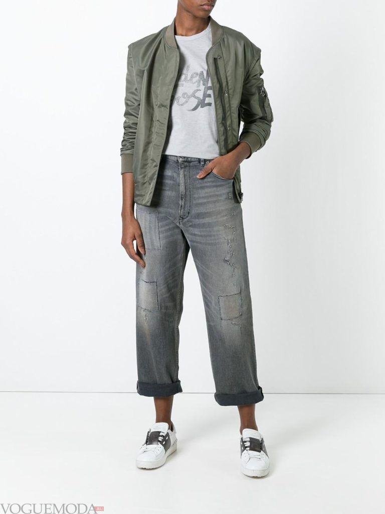 модные джинсы серые