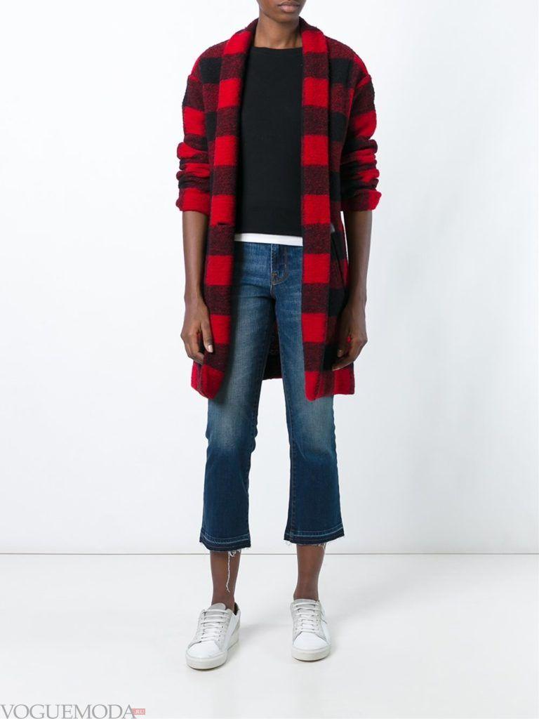 модные джинсы потертые
