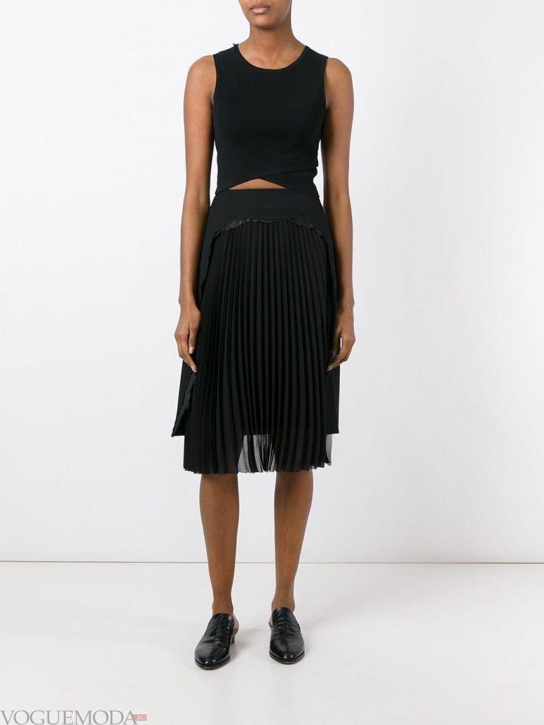 плиссированная юбка черная