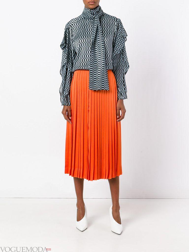 плиссированная юбка оранжевая