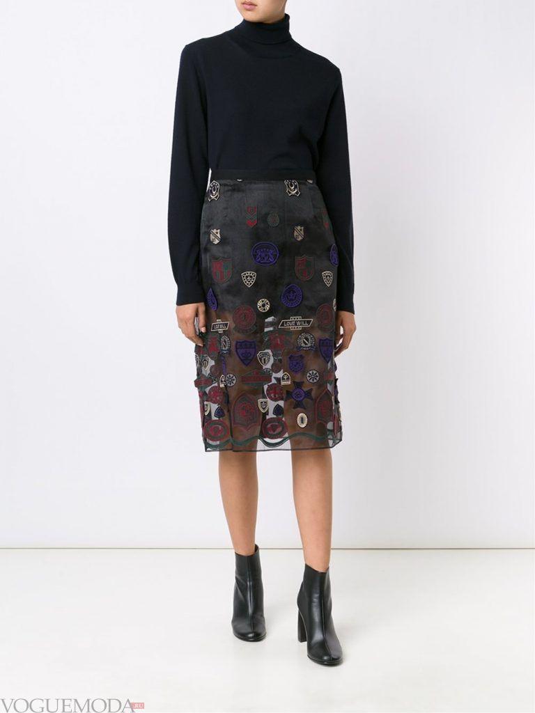 модная юбка с декором