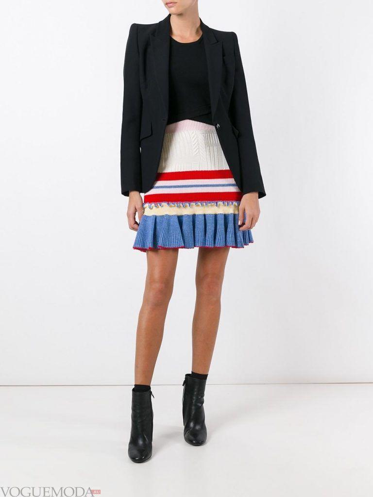 модная юбка разноцветная