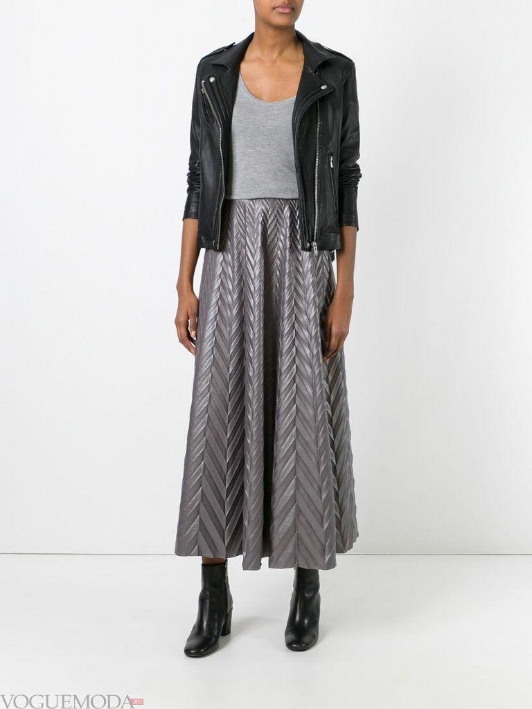 плиссированная юбка серая