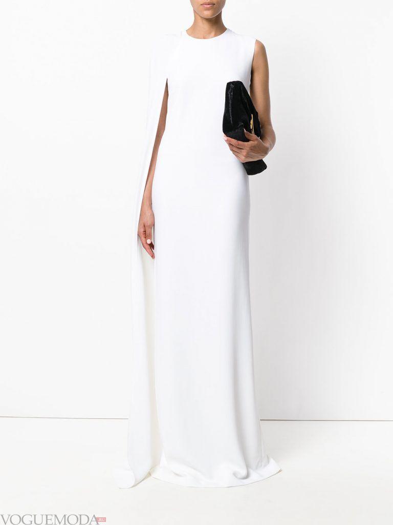 вечернее платье со шлейфом белое