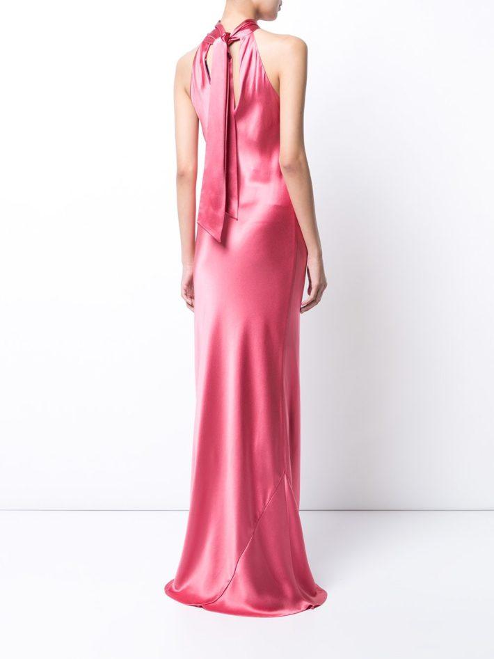 со шлейфом розовое